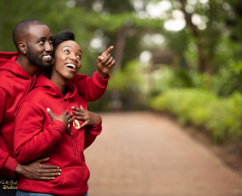 kenyan-wedding-photographers-top-kenya-weddingphotographer-kiss-the-bride-photography